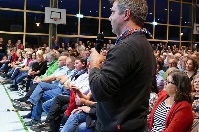 1000 Ihringer kamen zur Vorstellung ihrer Bürgermeisterkandidaten