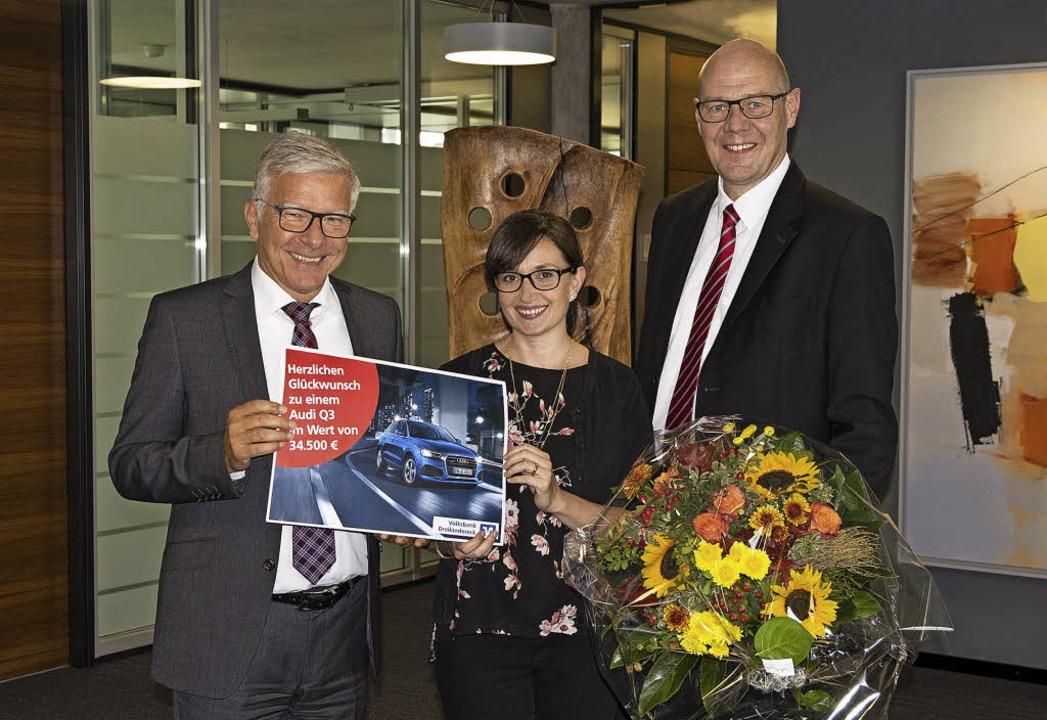 <BZ-FotoAnlauf>Gewinn:</BZ-FotoAnlauf>...tulieren Margherita Riggi zum Gewinn.   | Foto: Volksbank