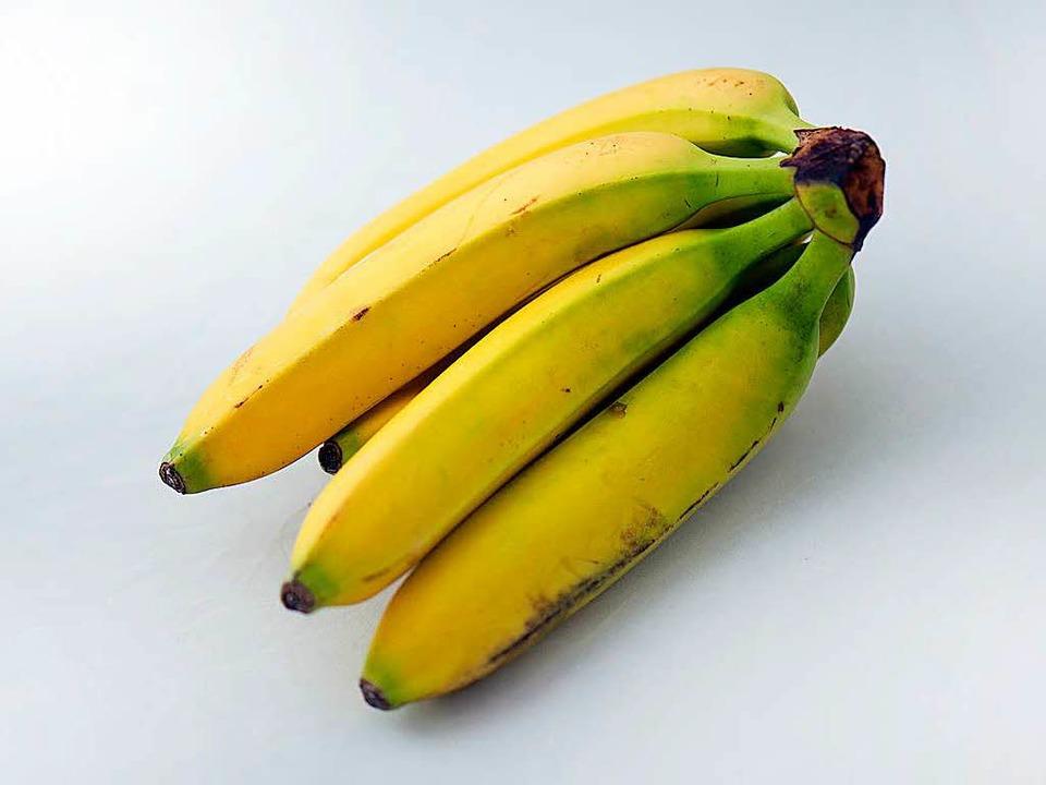 Bananen werden künftig wohl anders schmecken – und teurer sein.  | Foto: Arno Burgi