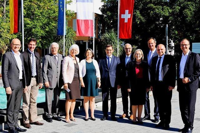 Südbadische Oberbürgermeister treffen sich im Weiler Rathaus