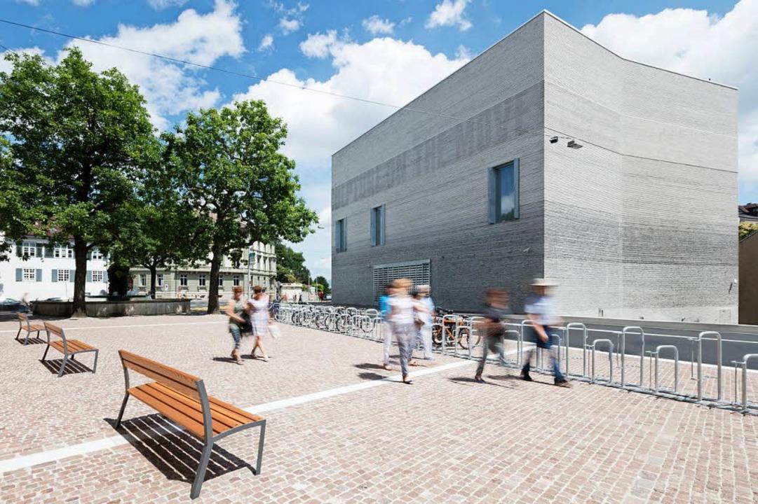 Der Betrieb des 2016 eingeweihten Erwe...in die Kasse des Basler Kunstmuseums.   | Foto: Julian Salinas/Lucian Hunziker (Kunstmuseum Basel)