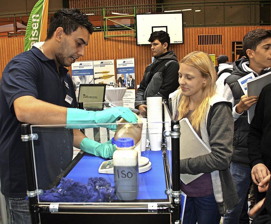 Das Plus der Jobstartbörse: Jugendlich... die über ihre Erfahrungen berichten.   | Foto: C. Franz