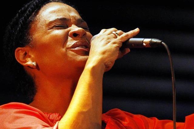 Am Donnerstag kann man mit Cécile Verny im Jazzhaus singen