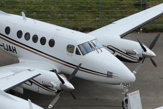 Passagierflugzeug stößt in Kanada mutmaßlich mit Drohne zusammen