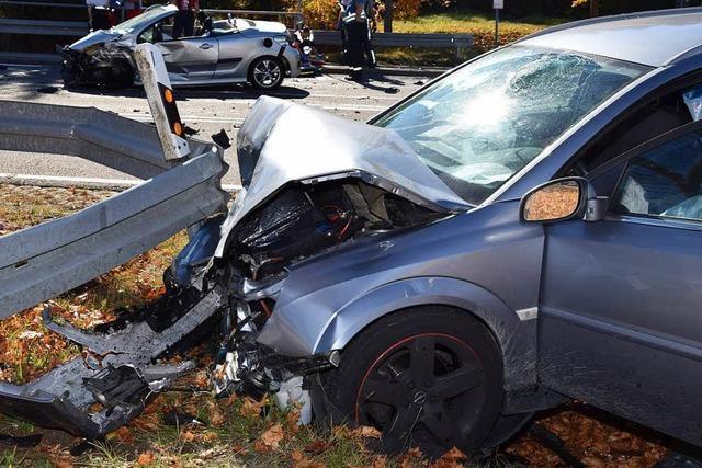 Tödlicher Unfall auf der B315 bei Bonndorf – Cabrio-Fahrer stirbt