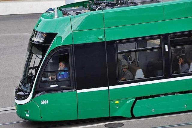 Mehrere Verletzte bei Tramunfall in Muttenz