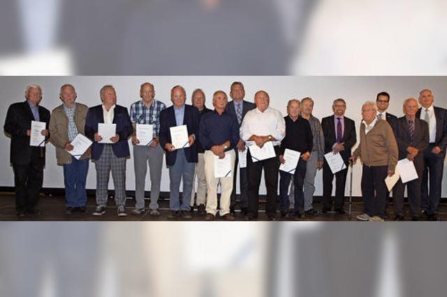 Volksbank Lahr ehrt langjährige Mitglieder