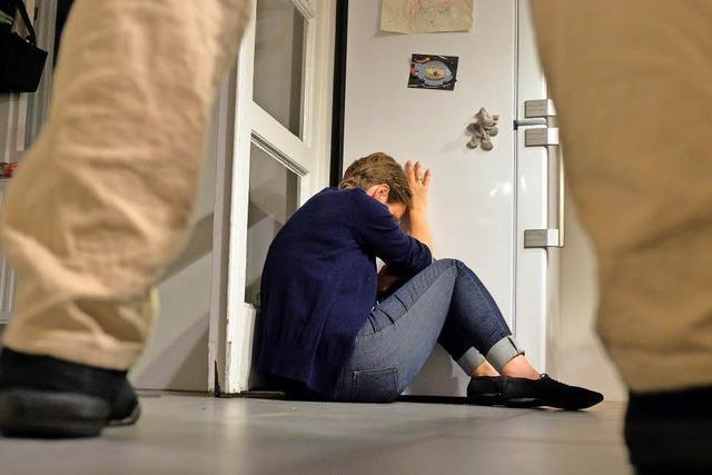 Angeklagter weist Vorwurf der mehrfachen Vergewaltigung seiner früheren Ehefrau zurück