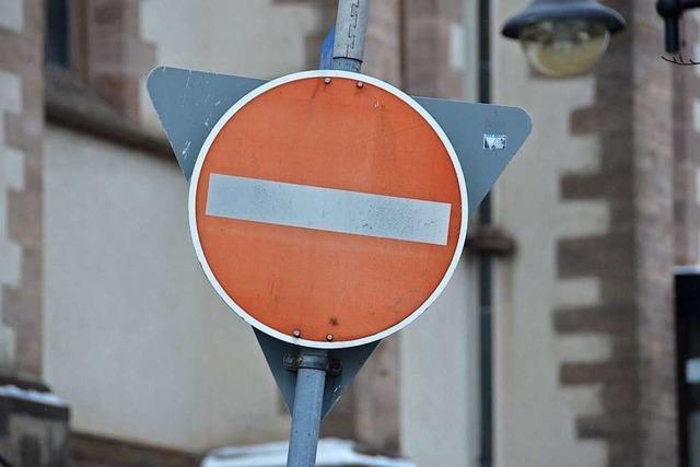 Falschabbieger verursachen regelmäßig Unfälle beim Freiburger Schwabentor