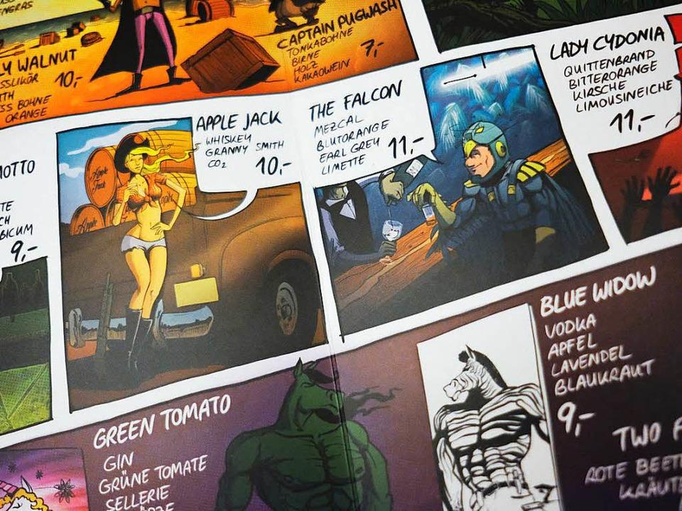 Die Cocktail-Comic-Helden des One Tric...elbst an der Theke der Freiburger Bar.  | Foto: Miroslav Dakov