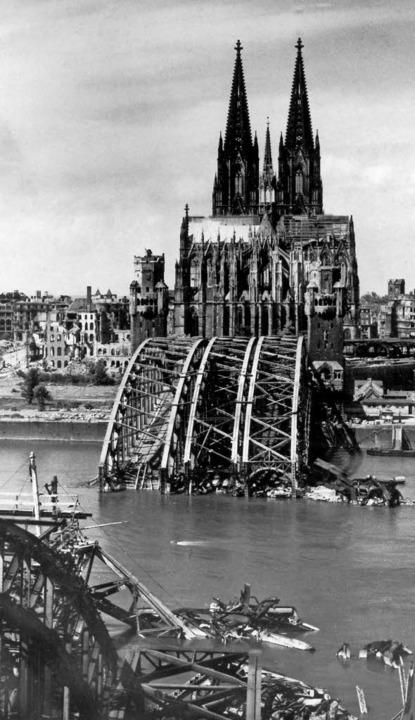 Zerstörte Brücken, eine tief verwundete Stadt: Köln 1944    Foto: dpa-tmn