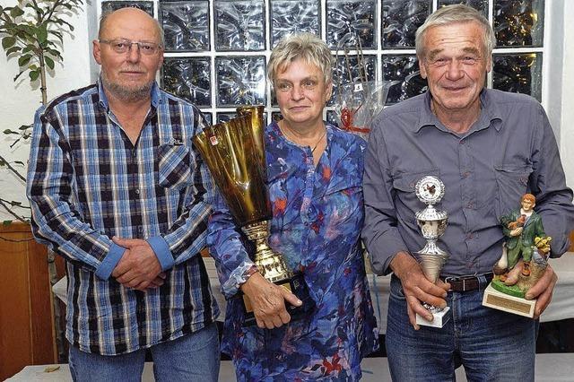 Pokale und Titel für die besten Züchter
