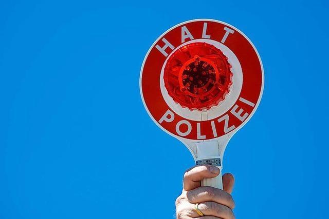 Polizei zieht Rostlaube aus dem Verkehr