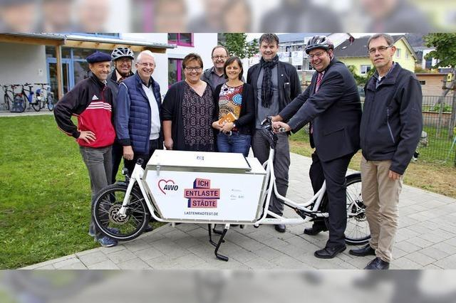 Ein umweltfreundliches Lastenfahrrad für die AWO