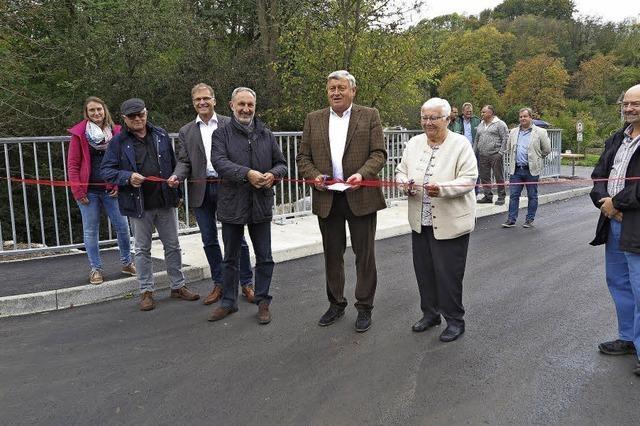 Brücke über den Hohlebach fertig