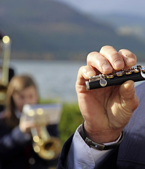 Großer Musiker mit kleinem Instrument    Foto: Eva Korinth