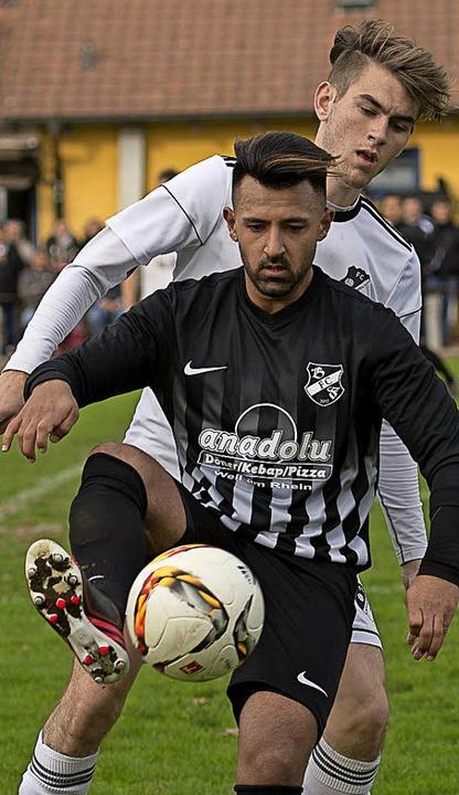 """""""Die Abwehr hat brutal gut verte...ussein Kassem, Bosporus FC Friedlingen    Foto: vfma"""