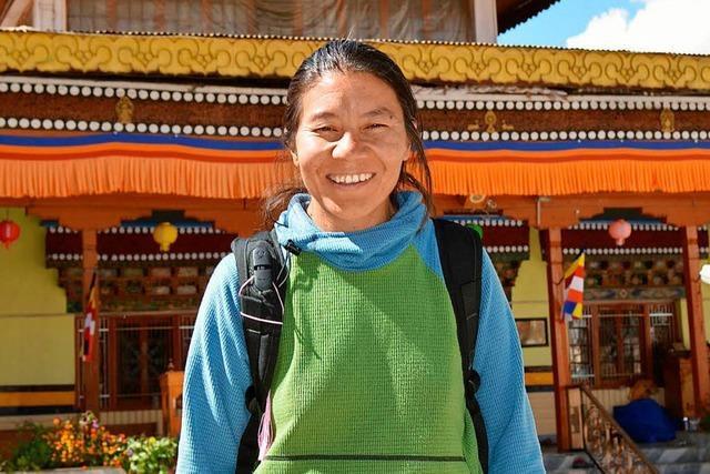 30 Frauen arbeiten in einer Bergführerinnen-Agentur
