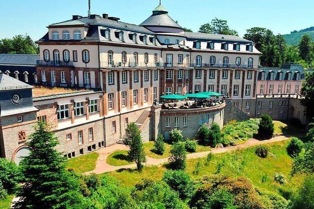 Was wird aus der Bühlerhöhe und dem Neuen Schloss in Baden-Baden?