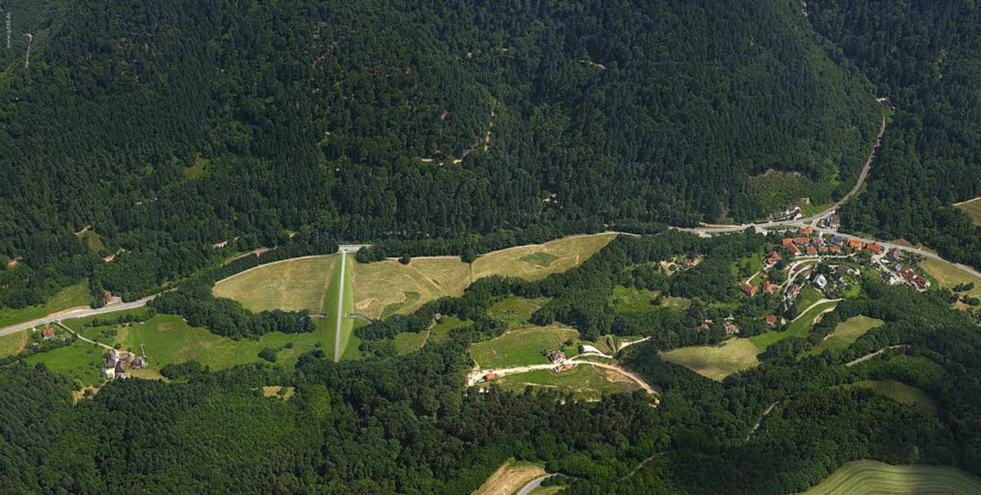 Unterhalb von Horben soll der Damm geb... Passstraße zum Schauinsland zu sehen.  | Foto: Markus Dold