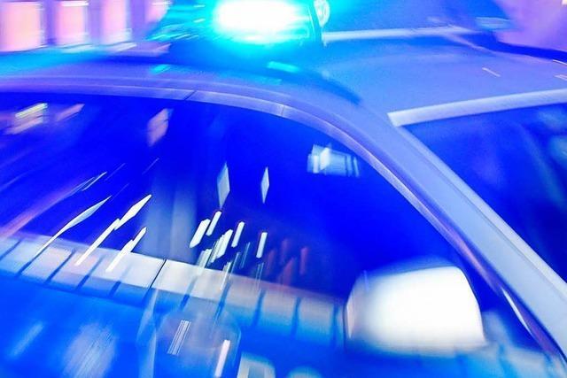 Vier Jugendliche überfallen 13-Jährigen