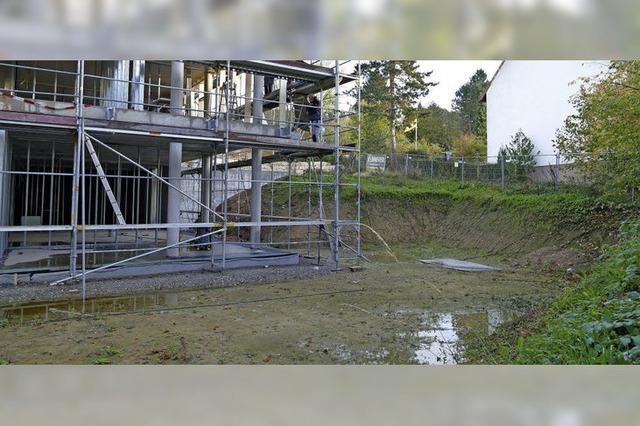 Hangwasser verteuert Kinderhausbau