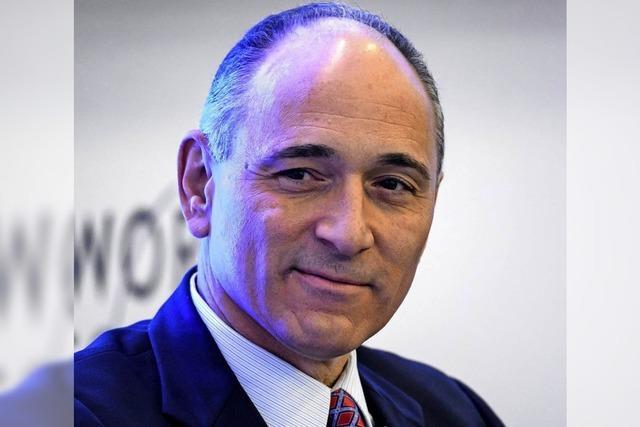Novartis vertagt Entscheidung über Alcon