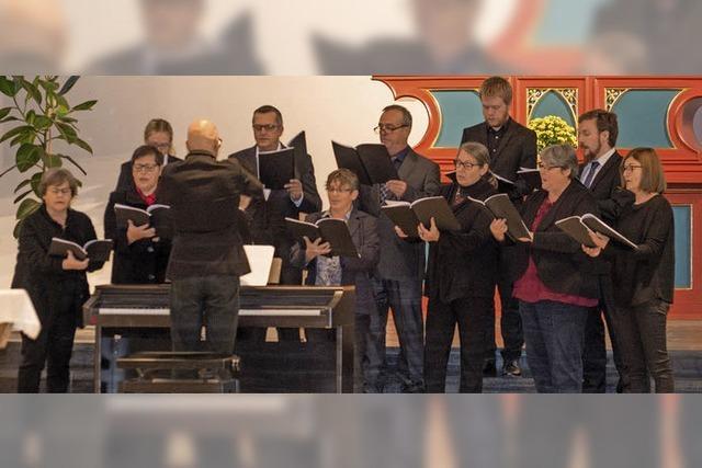 Vier Kirchenchöre preisen Gott