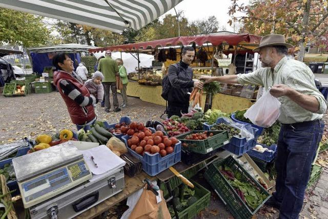 Auf dem Hochdorfer Markt kann man ganz in Ruhe einkaufen