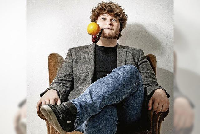 Poetry Slam Champion Jan Philipp Zymny mit