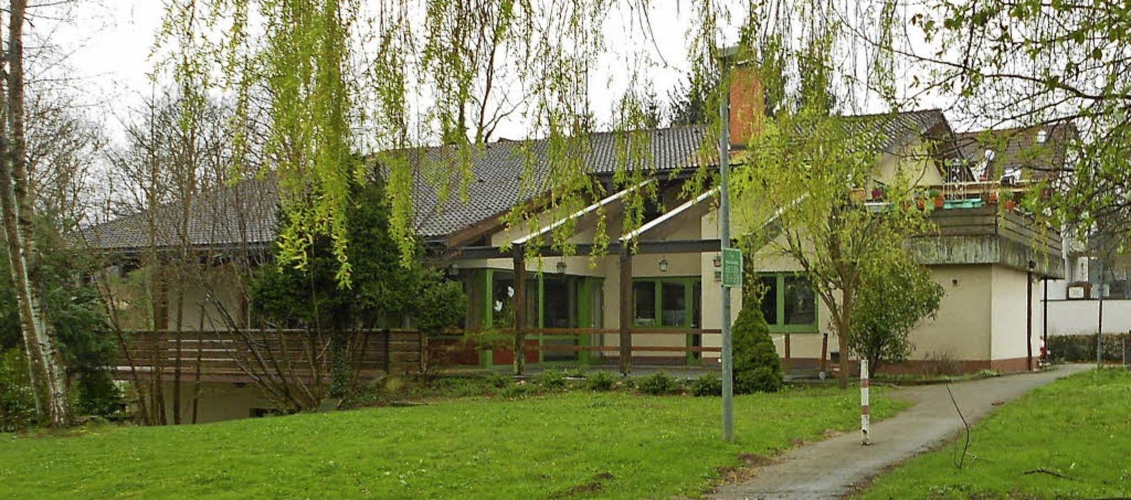 Das Zentrum  der evangelischen Kirchengemeinde ist eigentlich zu groß geworden.   | Foto: Victoria Langelott