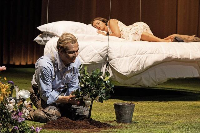 Titus Engel dirigiert in Basel Verdis Oper