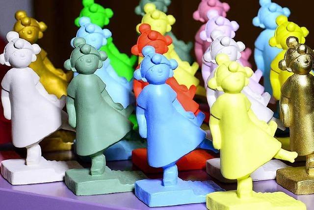 Zwei Freiburgerinnen haben Bobbele-Figuren entworfen