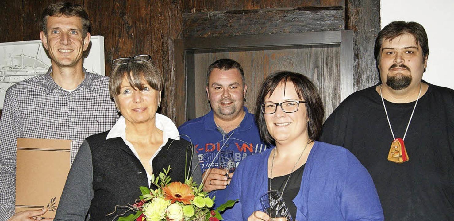 Langjährige Mitglieder der Hexenzunft ... wurden für ihre Vereinstreue geehrt.     Foto: Maria Schlageter