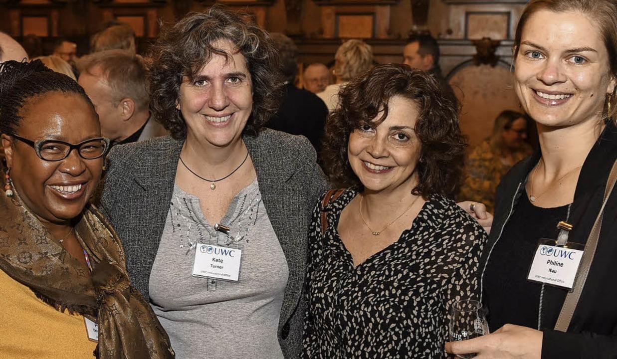 Proserpina Dhlamini-Fisher, Kate Turner, Laura Brown und Philine Nau (von links)  | Foto: Rita Eggstein