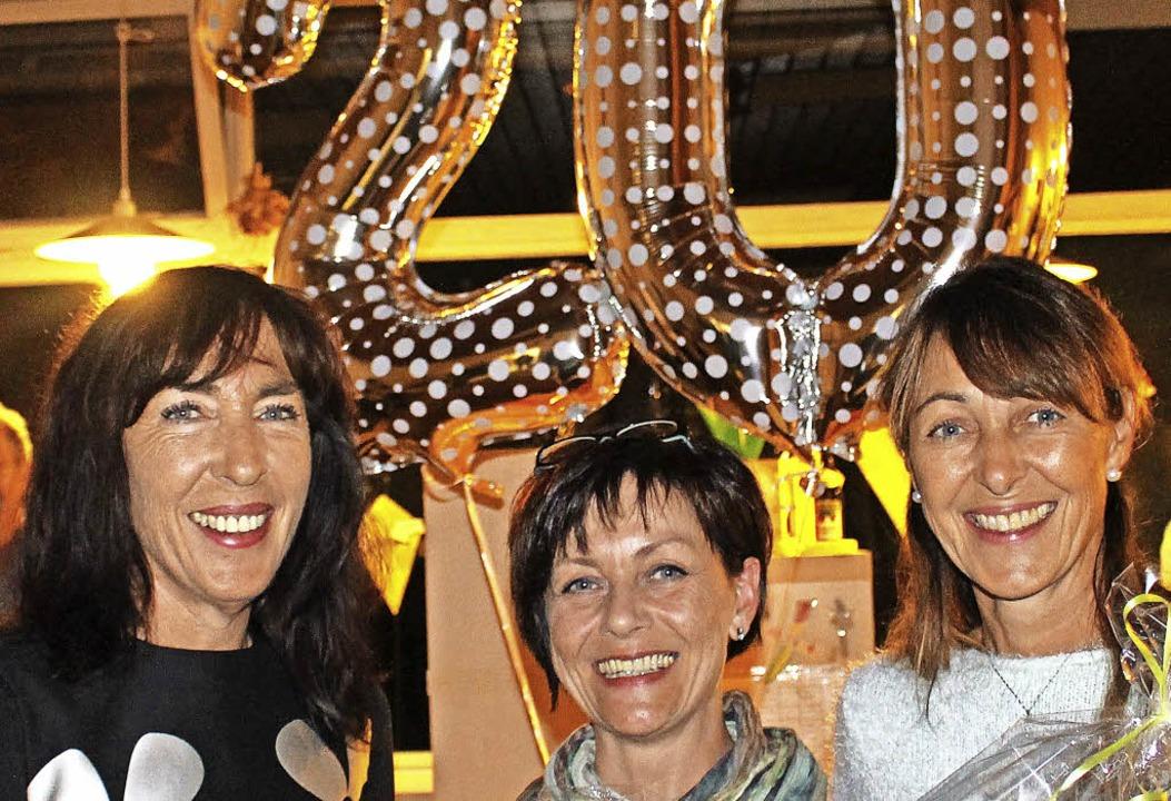 Michaela Sütterlin (von links) mit Angela Wieg und Martina Gebhart    Foto: Kindergarten