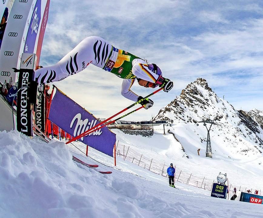 Auf geht's: Viktoria Rebensburg,...türzt sich in den olympischen Winter.   | Foto: AFP