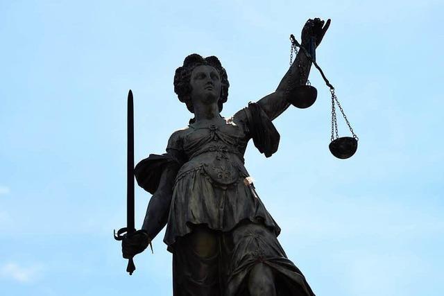Verhandlung am Landgericht: Versuchter Mord an der Ampel