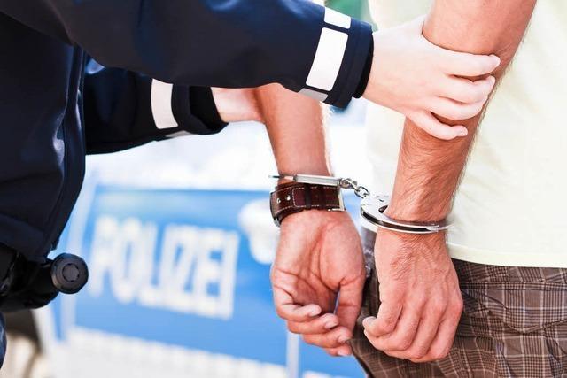 Festnahme: Polizist hat dienstfrei, erkennt aber einen gesuchten Mann