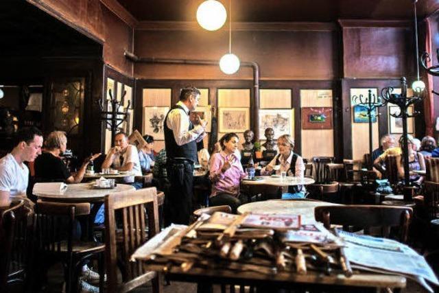FLUCHTPUNKT: Auszeit im Kaffeehaus