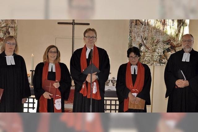 Fünf Geistliche, eine Idee