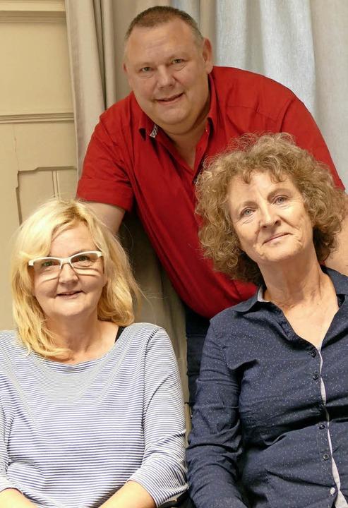 Roswitha Welke, Michael Hiob und Iris ...Erkrankten mit Rat und Tat zur Seite.   | Foto: Kathrin Ganter