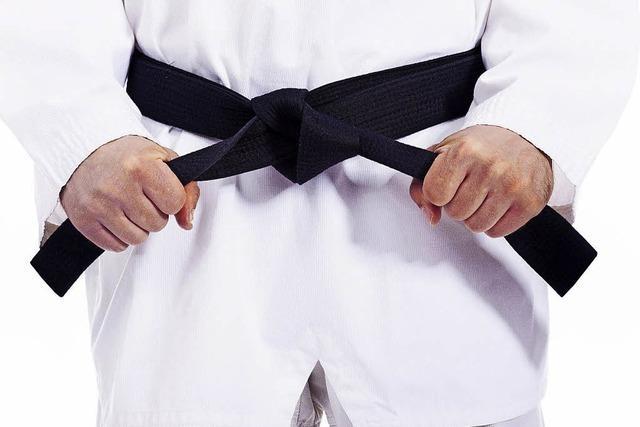 Judoka lernen Techniken