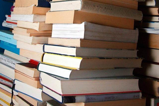 Warum vergilben Bücher?