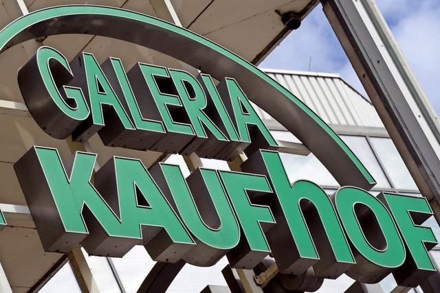 Karstadt will Kaufhof kaufen