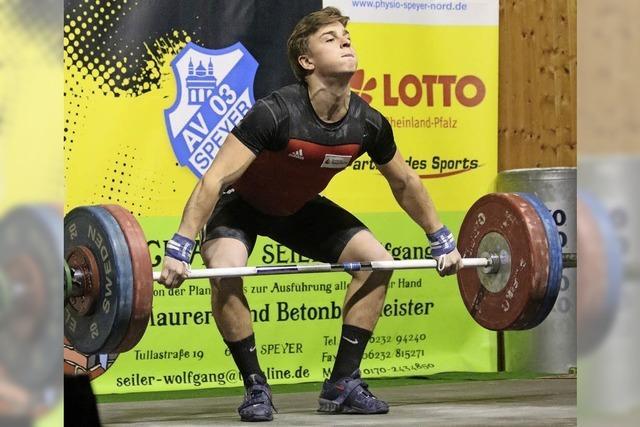 Gewichtheber Moritz Huber und Lisa Eble gewinnen deutsche Meisterschaft
