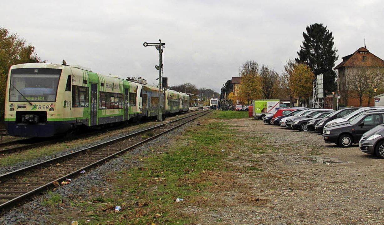 Bebaubar? Die Fläche am Bahnhof in Gottenheim  | Foto: Mario Schöneberg