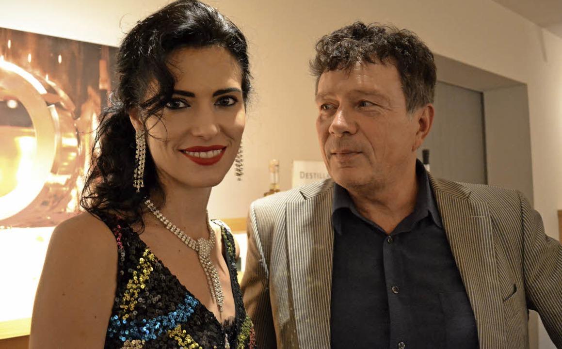 Festival-Macher Günther Laubis mit der Pianistin Katie Mahan     Foto: Rudolf