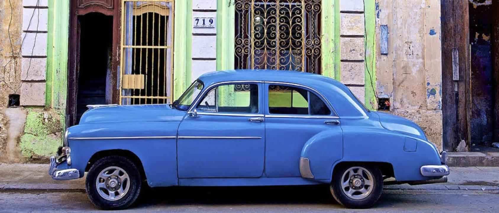 Sinnbildlich für Kuba: farbenfrohe Oldtimer     Foto: Spag Photography