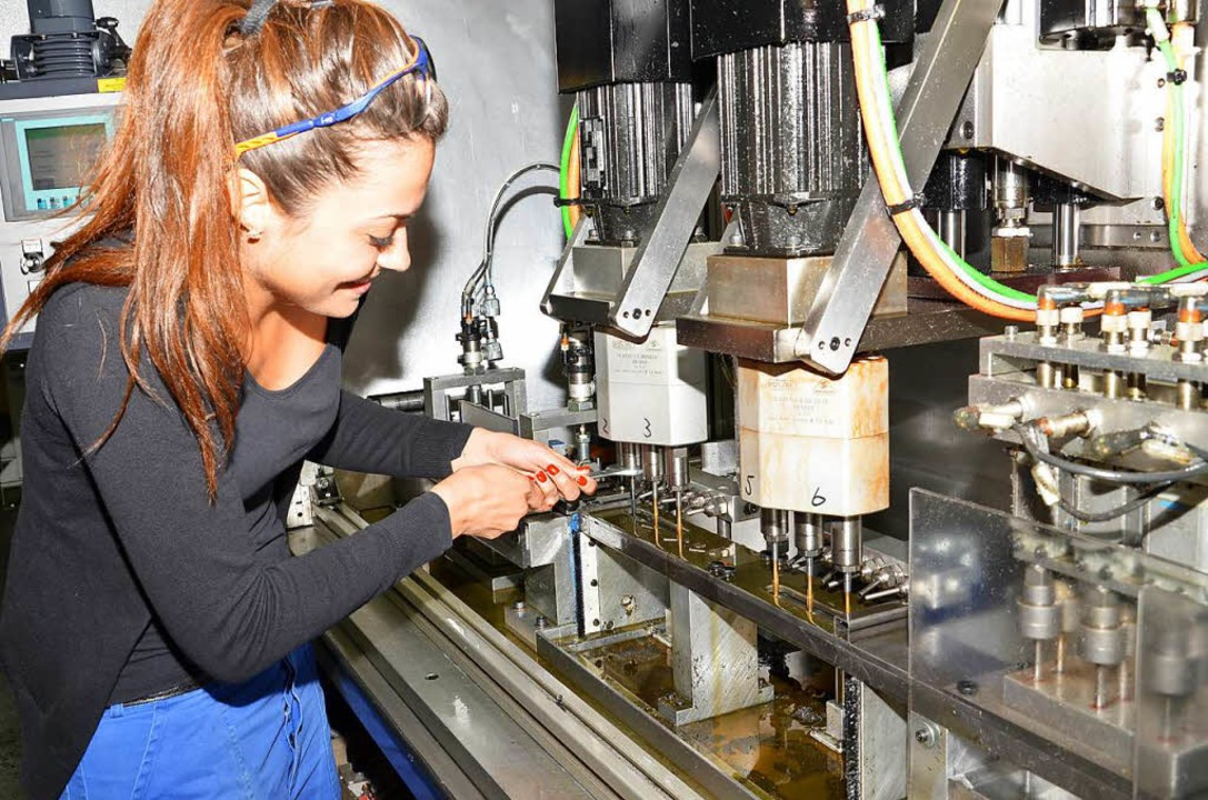 Technik ist Männersache? Weit gefehlt ...bildete Frauen in technischen Berufen.  | Foto: araymond